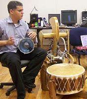 Хайли - первый робот-музыкант