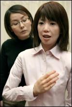 человекоподобный робот Реплай Кью 2 профессора Хироси Исигуру