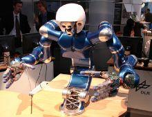 Робот Джастин