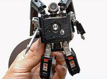 Робот-трансформер от Motorola