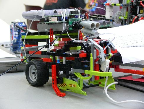 Соревнования роботов Botball в Southern Illinois University Edwardsville