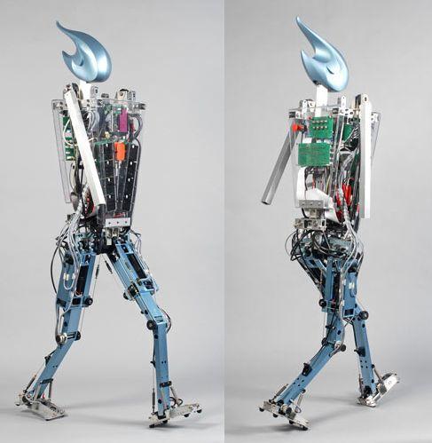 Робот Flame способен ходить как человек