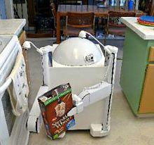 ReadyBot - робот-уборщик для кухни