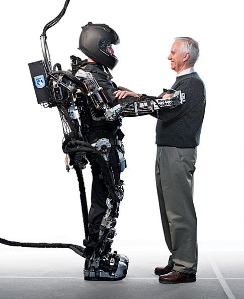 Экзоскелет XOS Exoskeleton