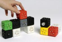 модульный робот Cubelets