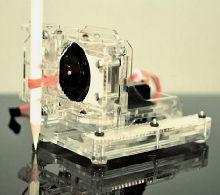 Робот-художник Piccolo