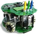 Robotic Action Painter - робот, созданный португальским дизайнером Леонелом Моурой.