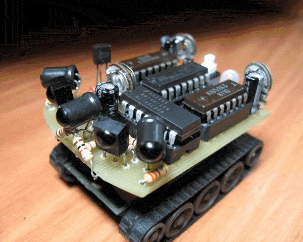 простого робота на L293D,